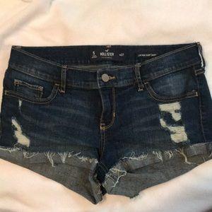 Hollister Low Rise Short Shorts! Size 5!